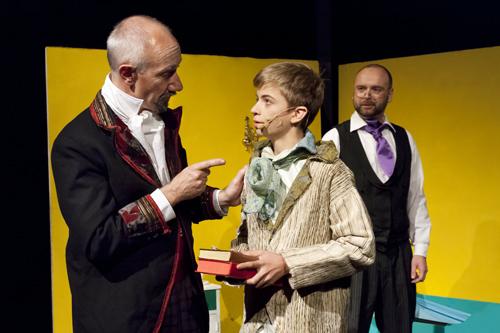 Mr. Brownlow schickt Oliver zu Mr. Jessop, um Bücher zu verkaufen