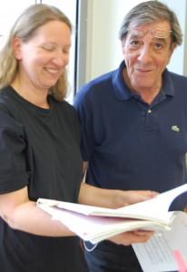 """Eine reizvolle Aufgabe: Tanja Boes und Emidio Raggi schlüpfen für die Neusser Musical-Produktion """"Oliver!"""" in Rollen, die im absoluten Kontrast zu ihren Charakteren stehen."""